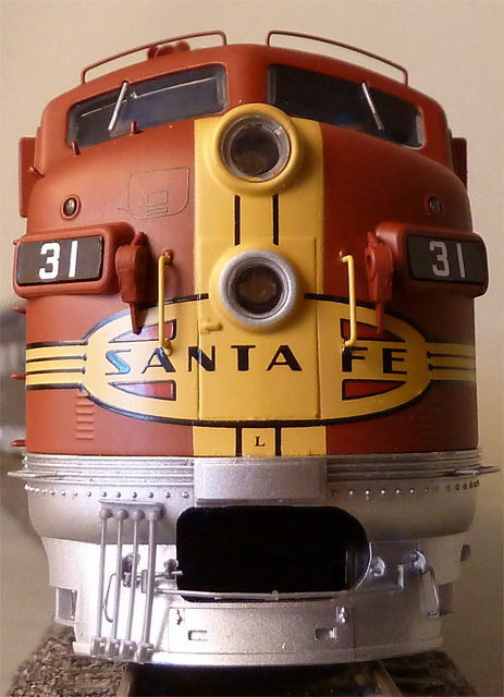 Walthers Proto 2000 F3 Santa Fé No. 31 'Super Chief' Modell from 2011 H0